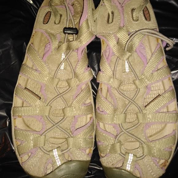 Keen Shoes - Women's Keen Sandals sz 9.5 gray purple strap flat